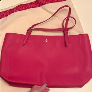 Tory Burch large York tote in fuchsia